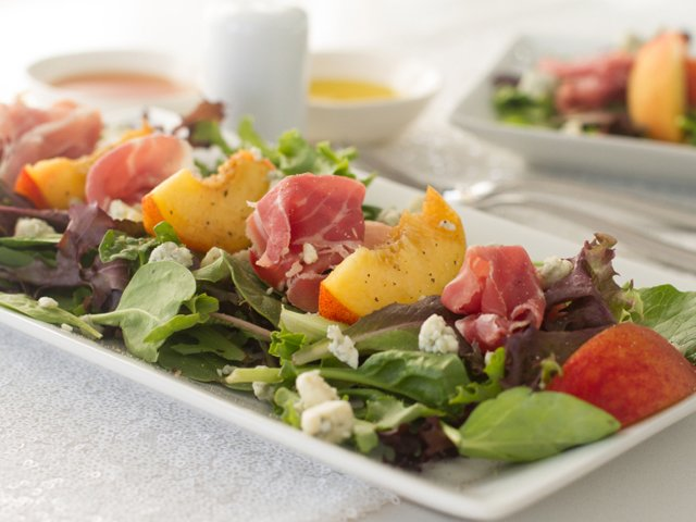 recipe_peach-salad.jpg