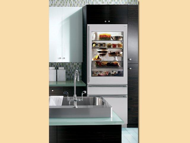 clear_door_fridge_640p.jpg