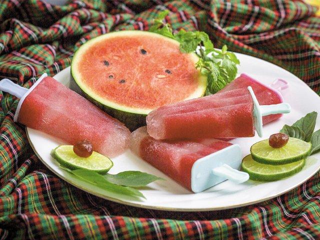 watermelon-lime-popsicles.jpg