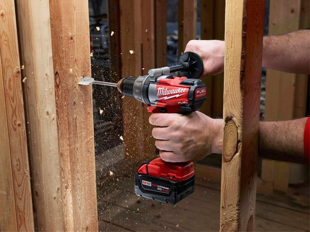 Milwaukie-M18-Fuel-half-inch-Compact-Drill-Driver.jpg