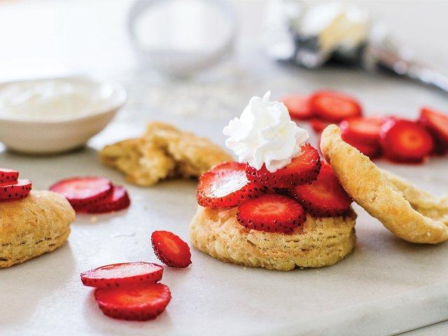 chef-belind-recipes-buttermilk-dessert-biscuits.jpg