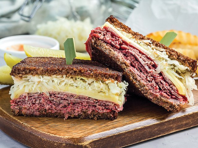 hot-reuben-sandwich.png