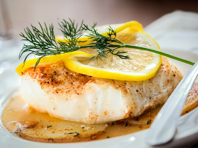 Lemon-dill fish in parchment packets
