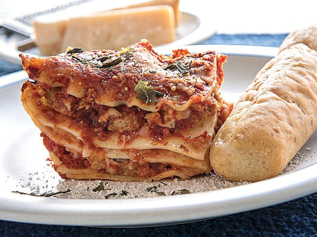 easy-meatball-lasagna.png