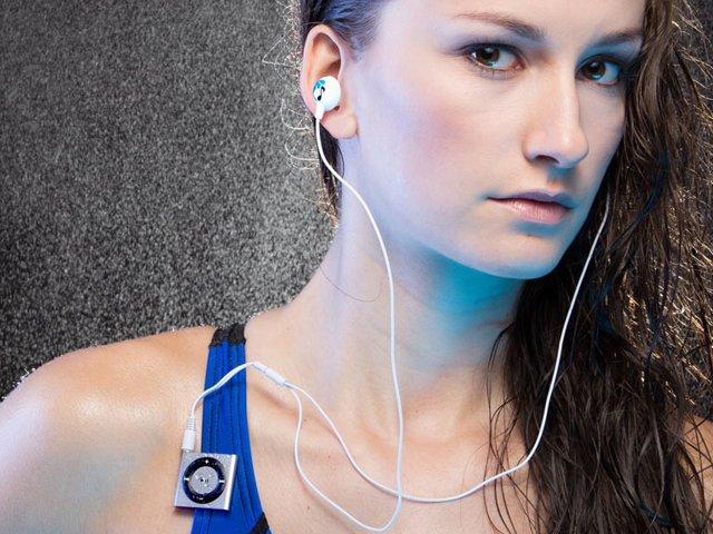 waterproof-ipod-shuffle-swimbuds.png