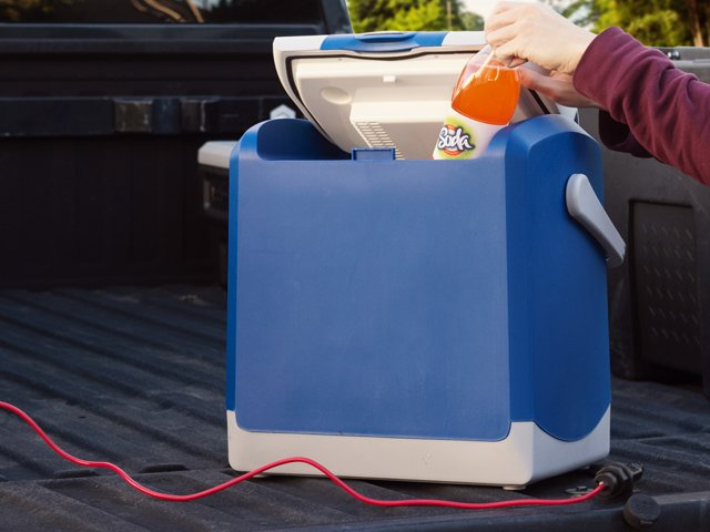 extension-cord-with-cooler.png