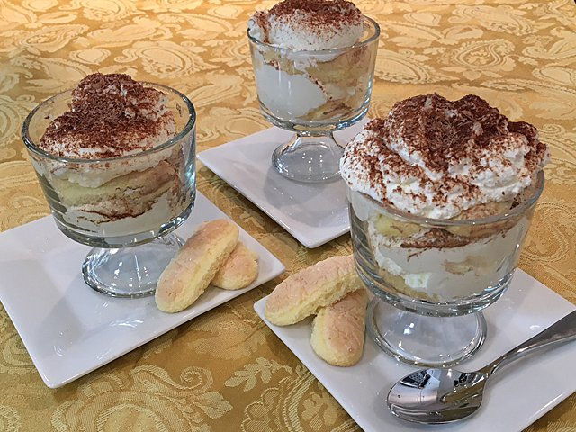 tiramisu-single-servings.png