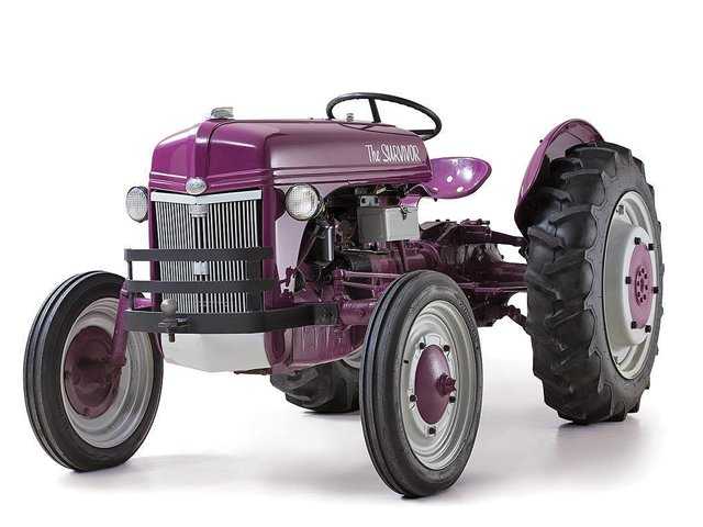 NewHolland Tractor.png