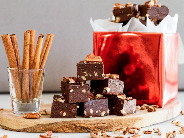 pecan-chocolate-fudge.png
