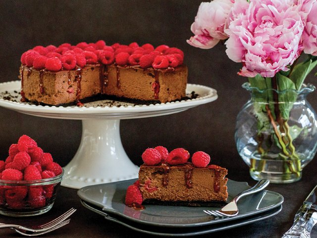 chocolate-raspberry-cheesecake.png