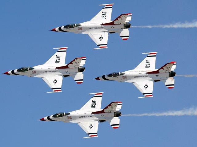 Air-Force-Thunderbirds-JB-Charleston-Air-Show.png