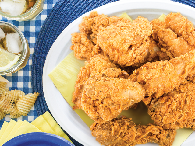 Recipe-0718-FriedChicken-7583-by-Gina-Moore.png