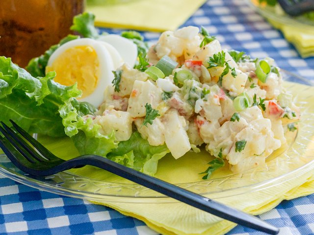Recipe-0718-Potato-Salad-7547-by-Gina-Moore.png