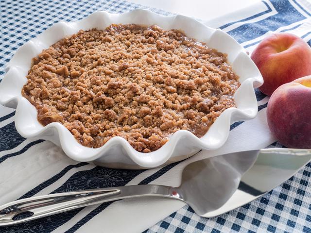 Recipe-0818-Peach Crisp_466_2974 by Karen Hermann.png
