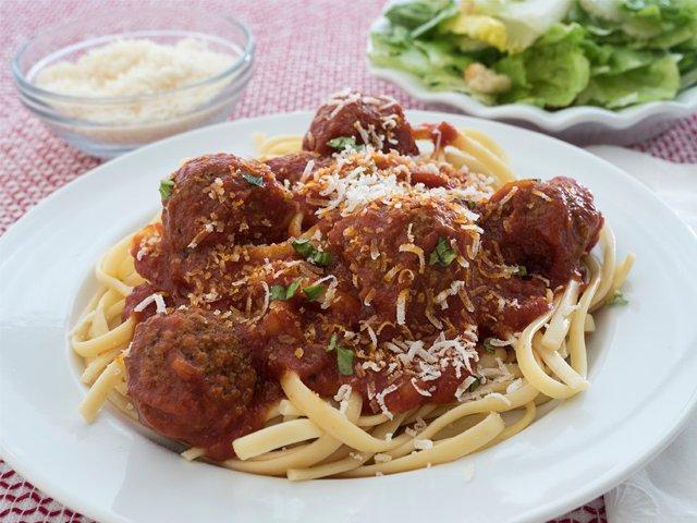 Linguine-Meatballs-Credit-Karen-Hermann.png