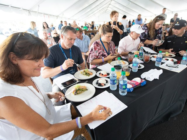 Healthy-Lunchtime-Challenge-Judges-Greenville-Euphoria.png