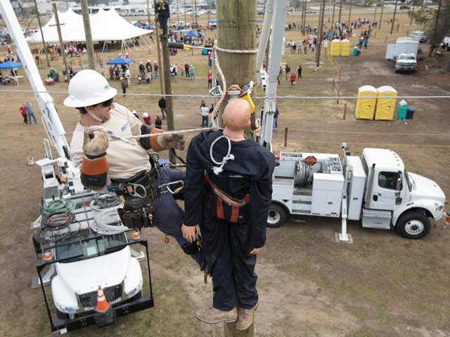 Lineman-Rodeo-Hurtman-Rescue-York-Electric Credit Mic Smith.png