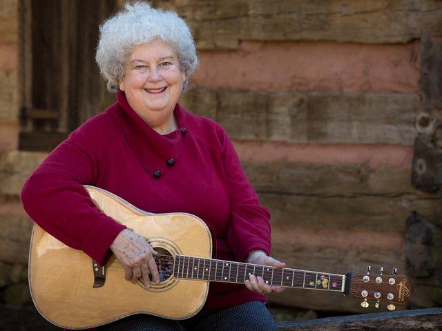 Betty-McDaniel-Young-Appalachian-Musicians.png