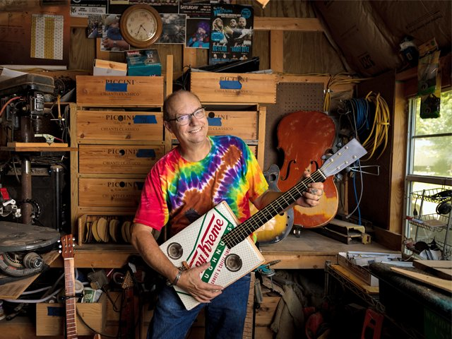 Arthur-England-Buddah-Box-Guitars 1.png