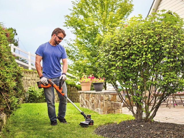 40V MAX- Lithium String Trimmer.png
