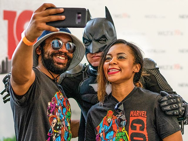 ComicCon-Batman-Crop-LynPowell-EtAl-0807-by-Andrew-Haworth.png