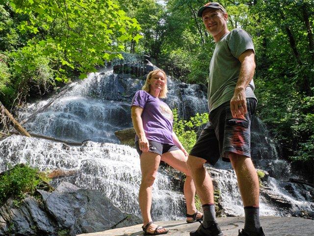 Stumphouse-Park-Issaqueena-Falls.png