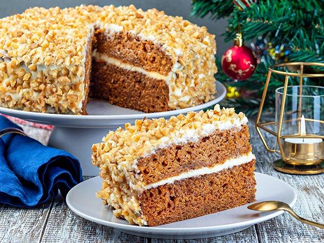 Recipe-1120-Carrot-Cake1366-by-Iuliia-Nedrygailova.png
