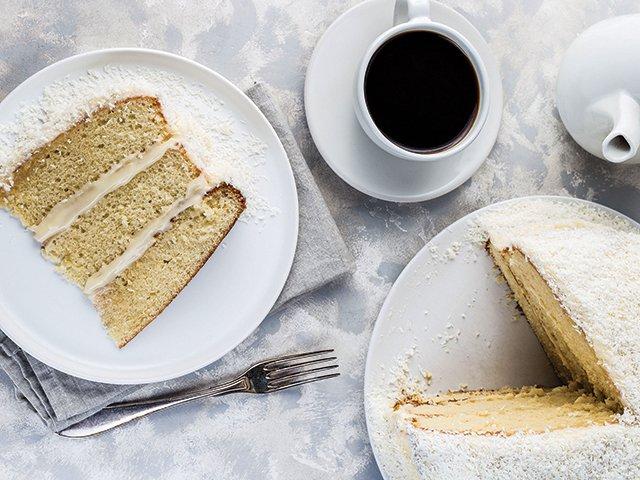 Recipe-0321-Coconut-cake-3096-by-Iuliia-Nedrygailova.jpg