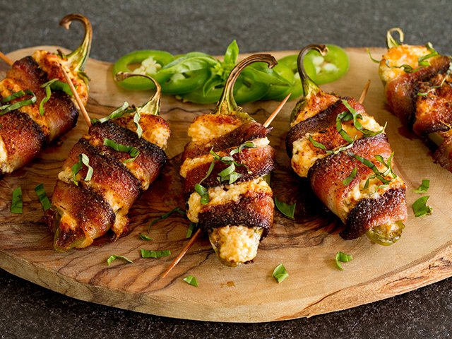 Recipe 1021-Jalapeno Poppers-4641 by Gina Moore.jpg