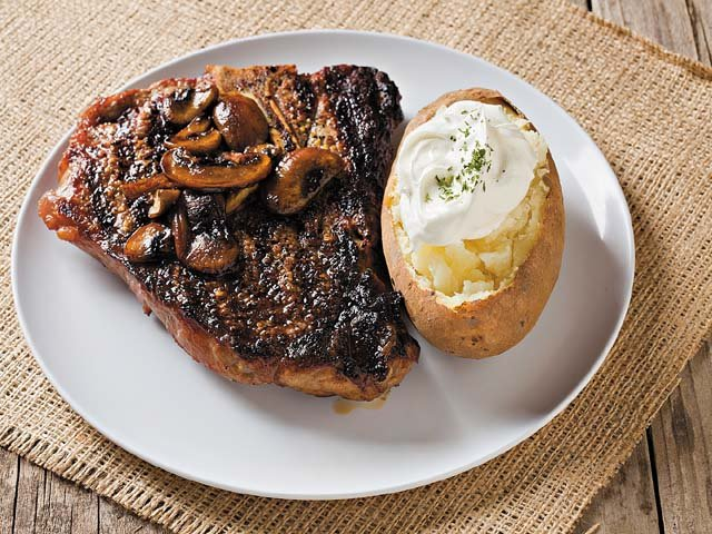 T-Bone with sauteed mushrooms