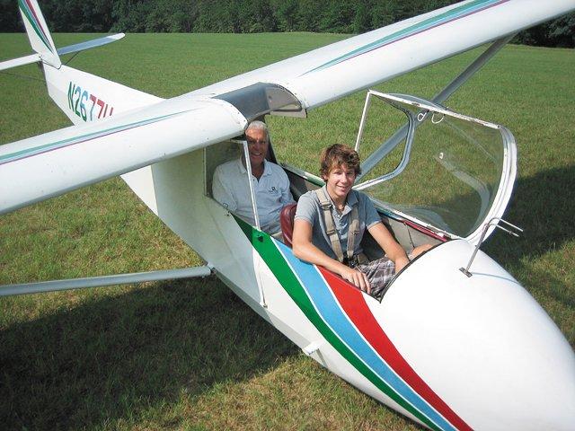 SClifeFeature_HighAdventure_Glider1.jpg