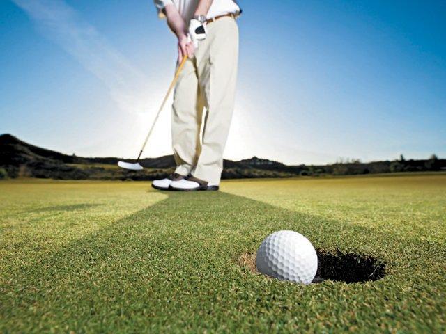 Travel_GolfRounds.jpg
